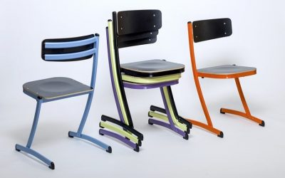 Innovation: La 1ère chaise scolaire avec une triple fonction