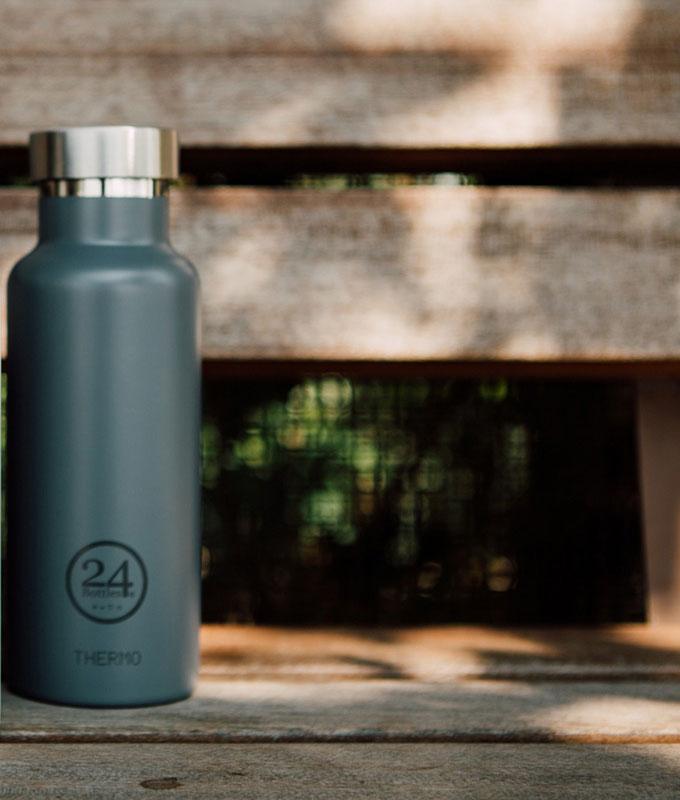 bouteilles d'eau 24 bottles, design et ultra légères, à emporter partout