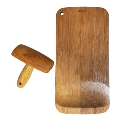 cutting board with pestle
