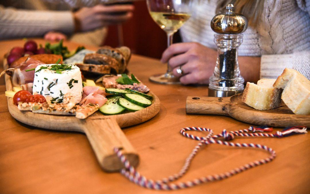 Des planches apéro design et personnalisables pour les restaurants